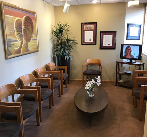 Waiting room at Center for Advanced Periodontics and Implant Dentistry.